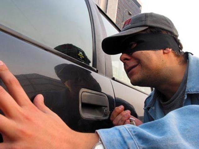 Маркировка стекол автомобиля от угона в 2020 году