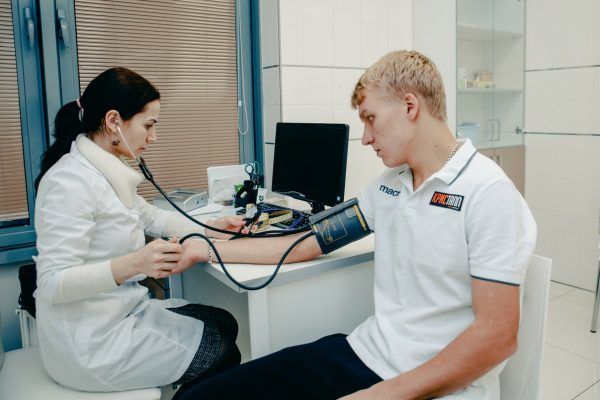 Медицинская справка для водительского удостоверения(прав) в 2020 - с наркологом и психиатром, где получить, срок годности, стоимость