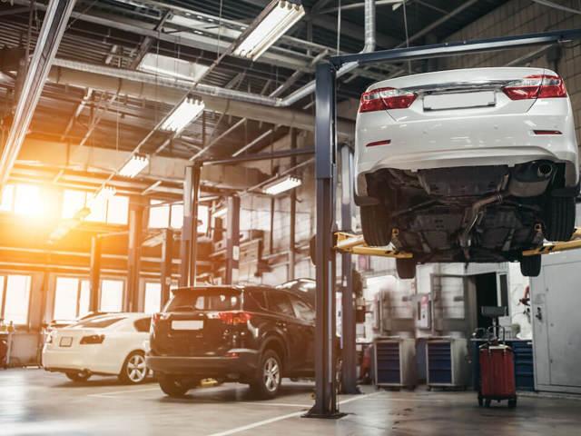 Ремонт авто после ДТП в 2020 году - кузовной, оценка, по ОСАГО, расписка, кто должен оплачивать, у официального дилера