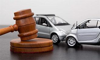 Исковое заявление о возмещении ущерба причиненного ДТП в 2020 году - образец, к виновнику и от него, к страховой, к дорожникам