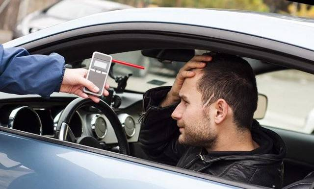 Штраф за вождение в нетрезвом виде (езду в алкогольном опьянении) в 2020 году - в первый раз, во второй, срок оплаты