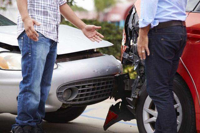 Что делать при ДТП (аварии) для страховой, если ты не виноват для 2020 года - ОСАГО, Росгосстрах, отсутствует, просрочена