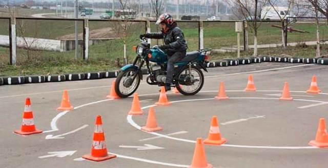Можно ли на скутере ездить с категорией В в 2020 году - до 50 кубов, 150 кубов