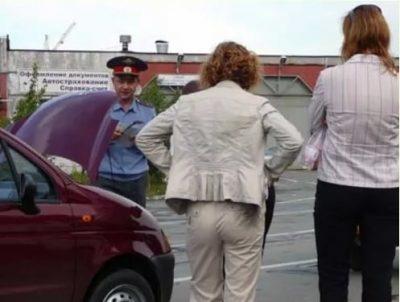 Досмотр автомобиля сотрудником ДПС в 2020 году - основания, без понятых