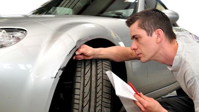 Оценка ущерба автомобиля после ДТП в 2020 году - независимая, нет страховки, по ОСАГО, как проходит, калькулятор онлайн, стоимость