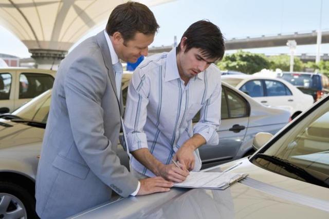Автокредит (авто в кредит) с 18 лет в 2020 году - банки, без первоначального взноса, без справок и поручителей